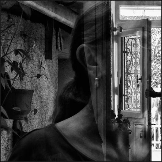 Autoportrait  entr'ouvert