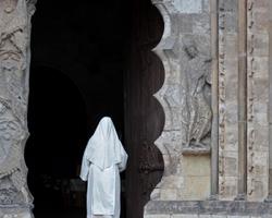 La religieuse. / The nun.