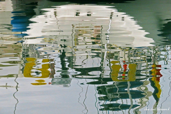 Reflets de bateau