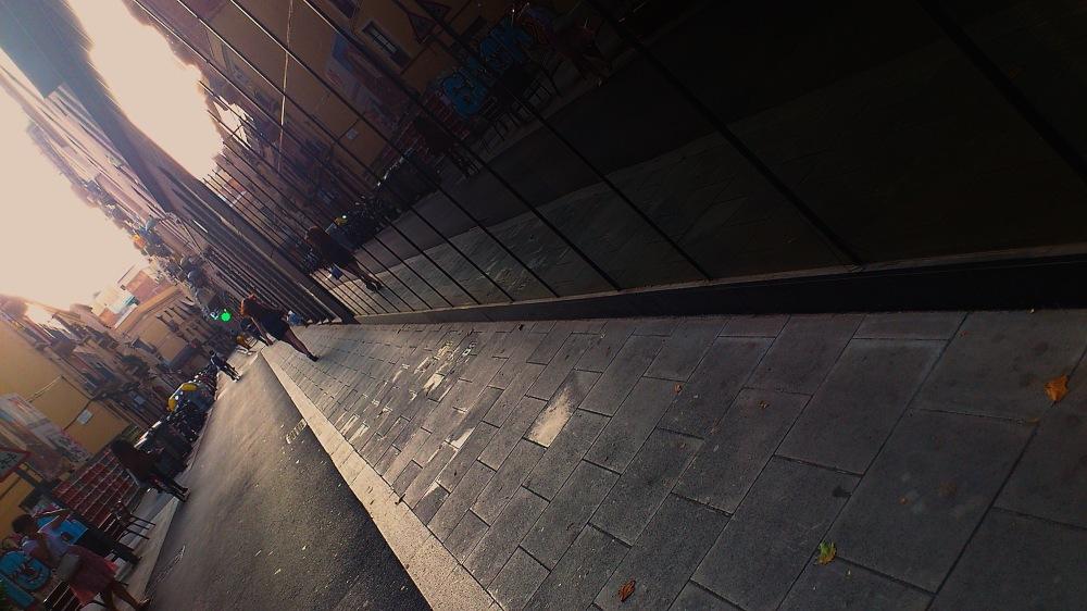Caminant pel barri