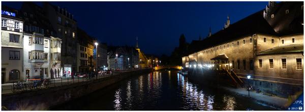 Les rives de l'Ill à Strasbourg (by night)