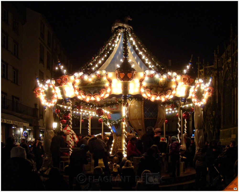 Le carrousel de Noël - Christmas carousel