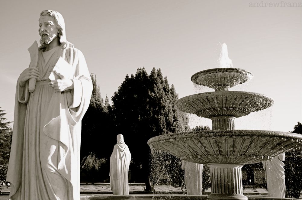 Cemetery fountain and statues