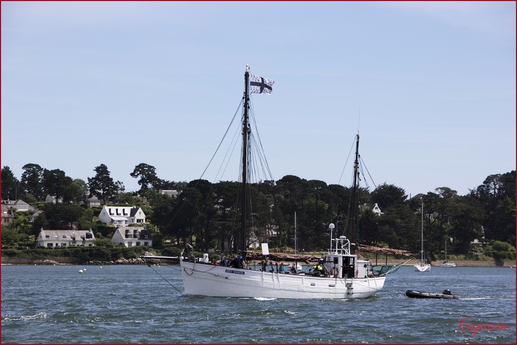 Le bateau blanc