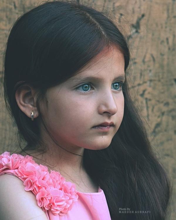 Beautiful Iranian girl