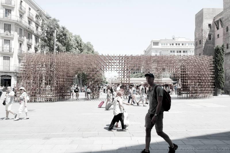 Barcelona street photography slight edit/The GIMP.