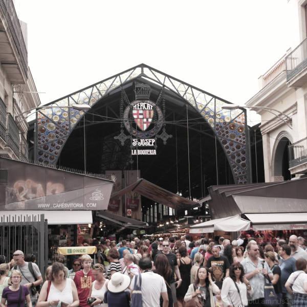 Barcelona street, public market, La Boqueria.