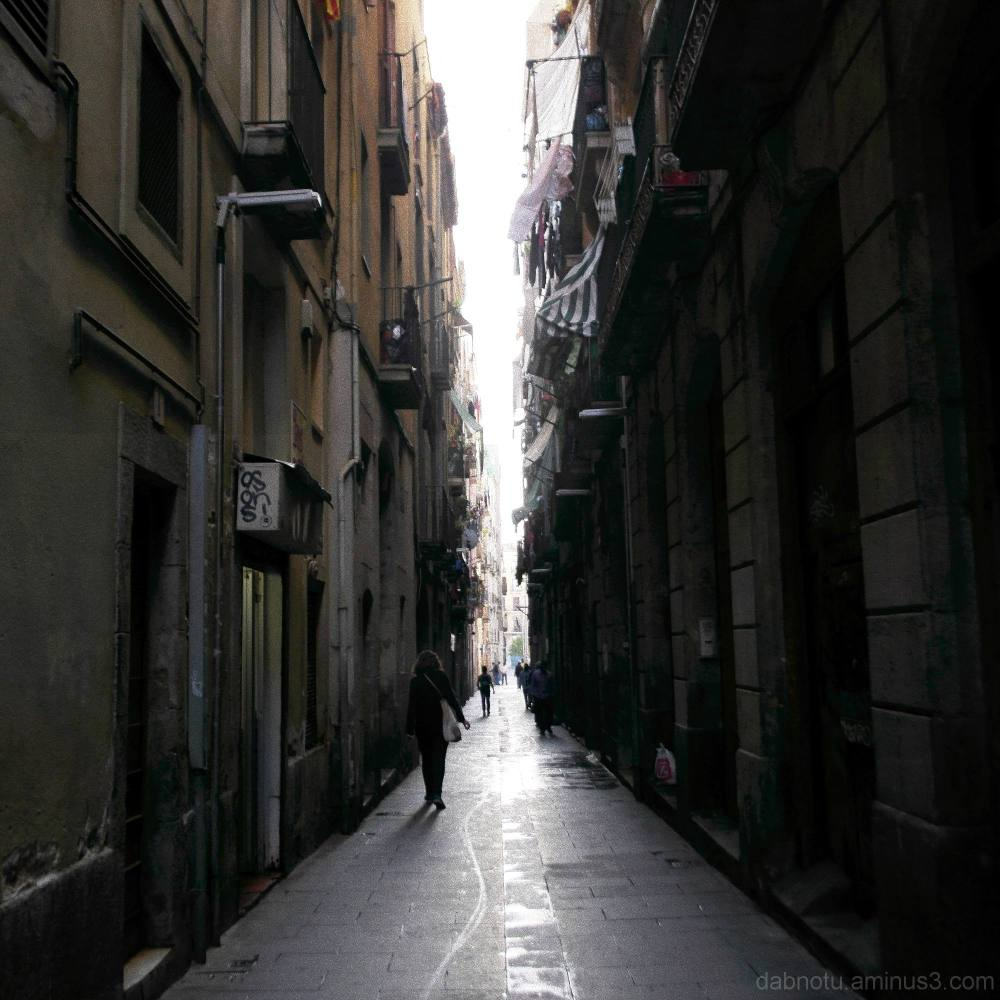 Straight up Barcelona street shot, narrow street.
