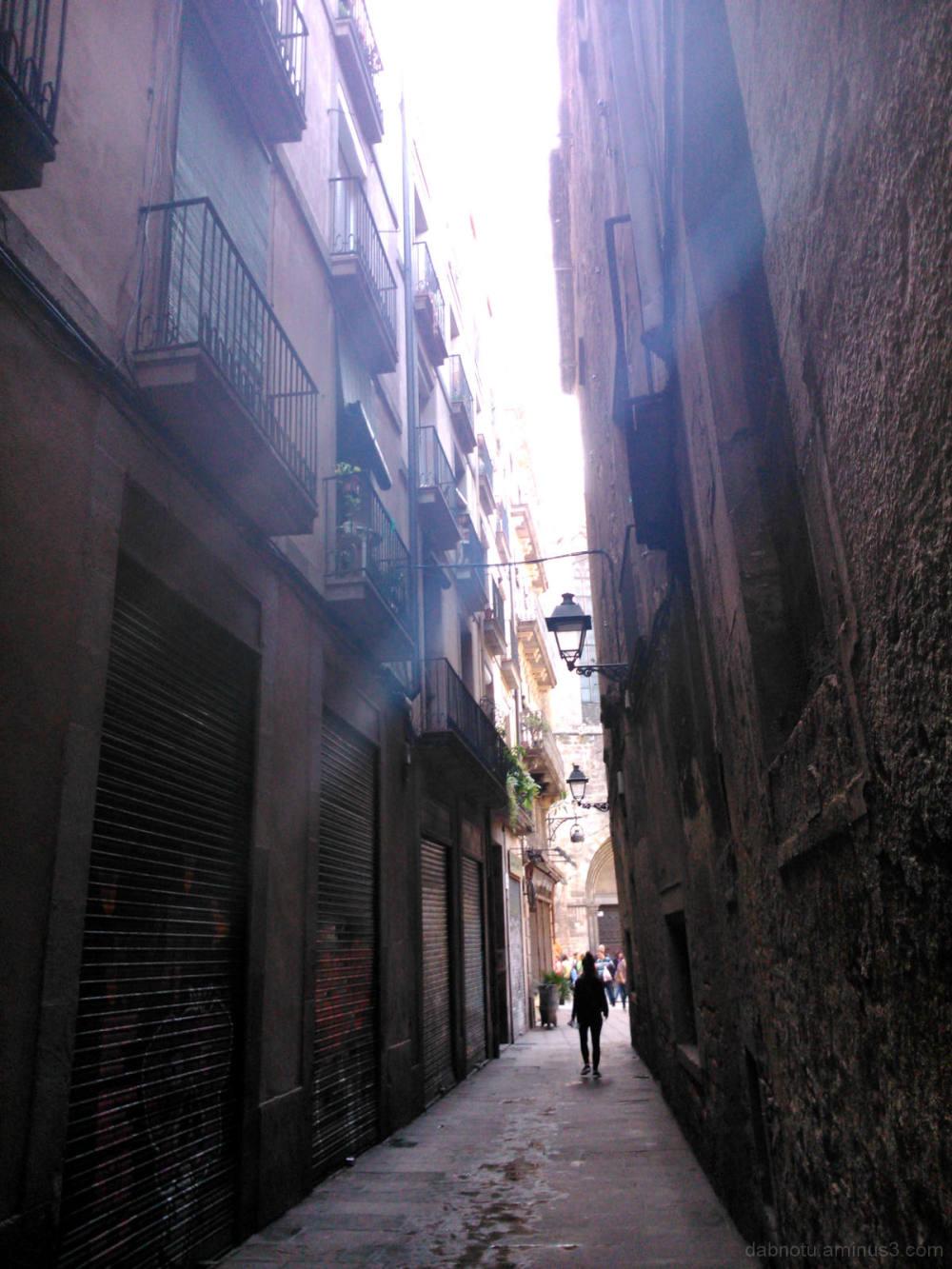Unedited Barcelona street (smartphone) photography