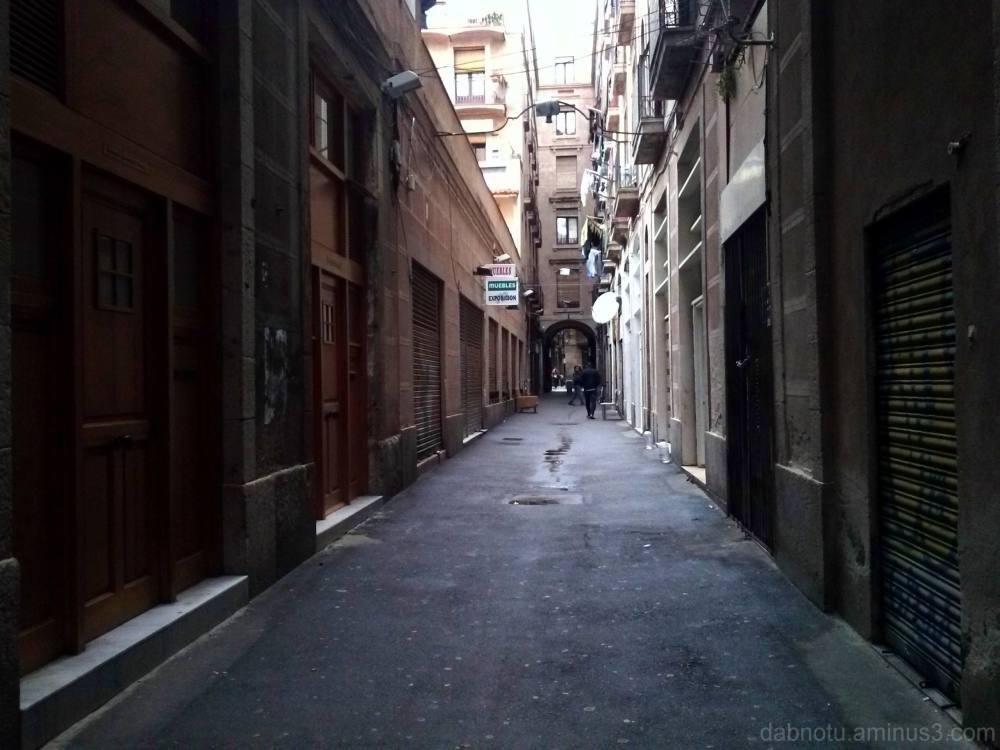 Straight up Barcelona digital street photography.