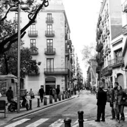 Black and white Barcelona street photo, edited.