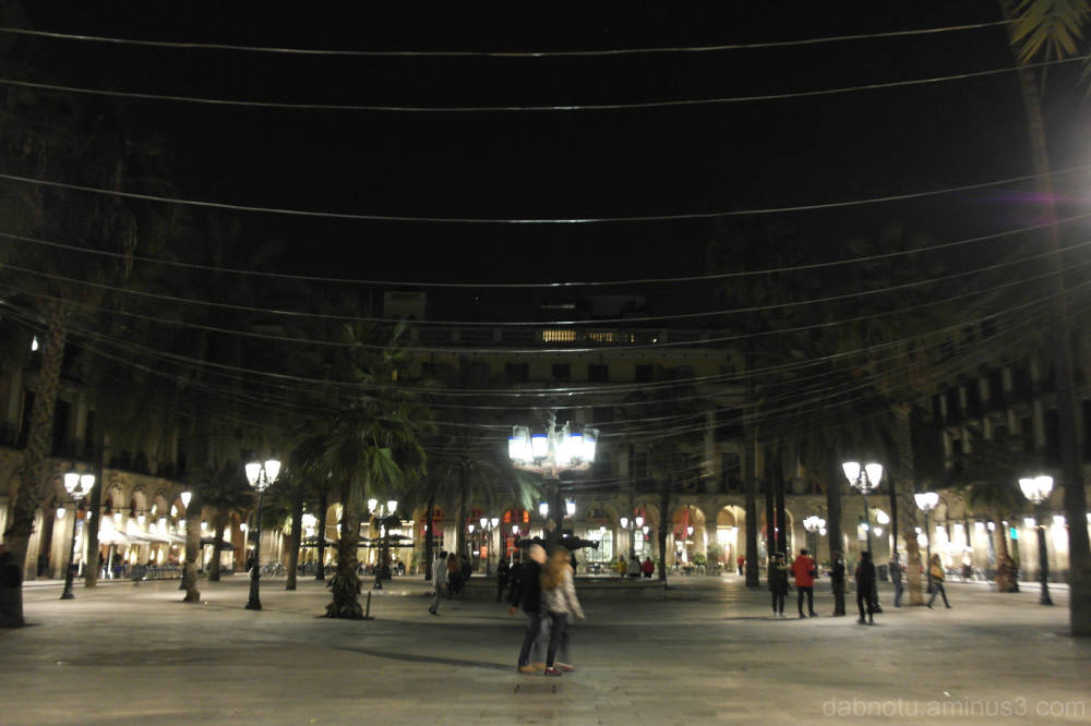 Night time in Barcelona, street, square, dark.