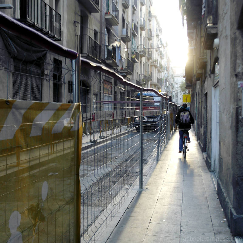 Wading through the street repairs/Raval/Barcelona.