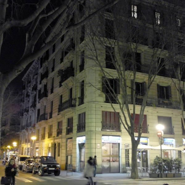 Evening, upper Raval, Barcelona; cold!