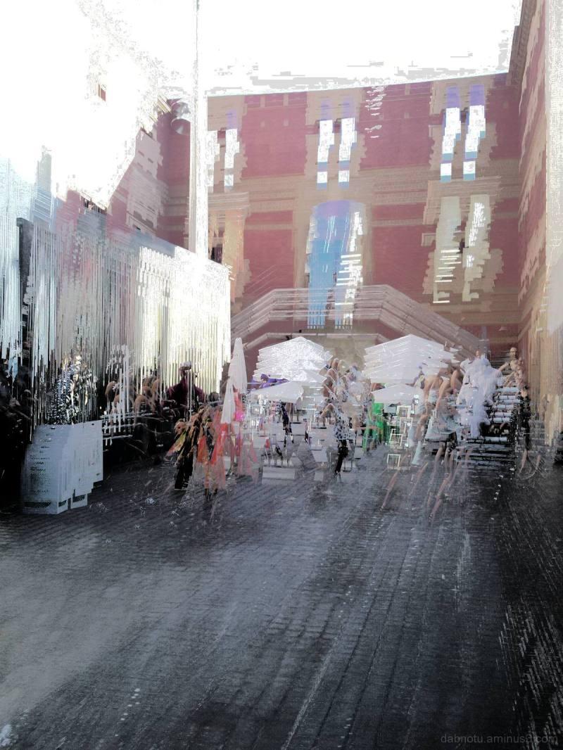 Barcelona smartphone street picture/s + The GIMP!