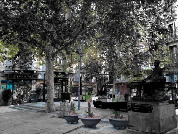 Barcelona smartphone triple exposure + The GIMP!
