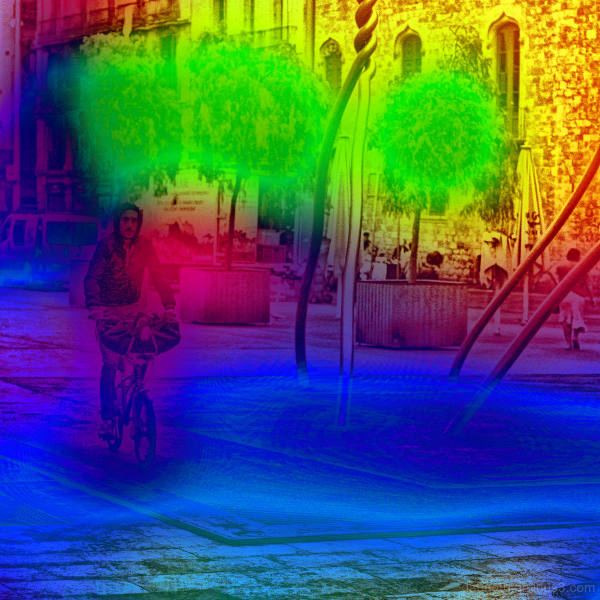 Barcelona street photography + The GIMP!
