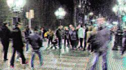 Barcelona glitch stereoscopic street photography.