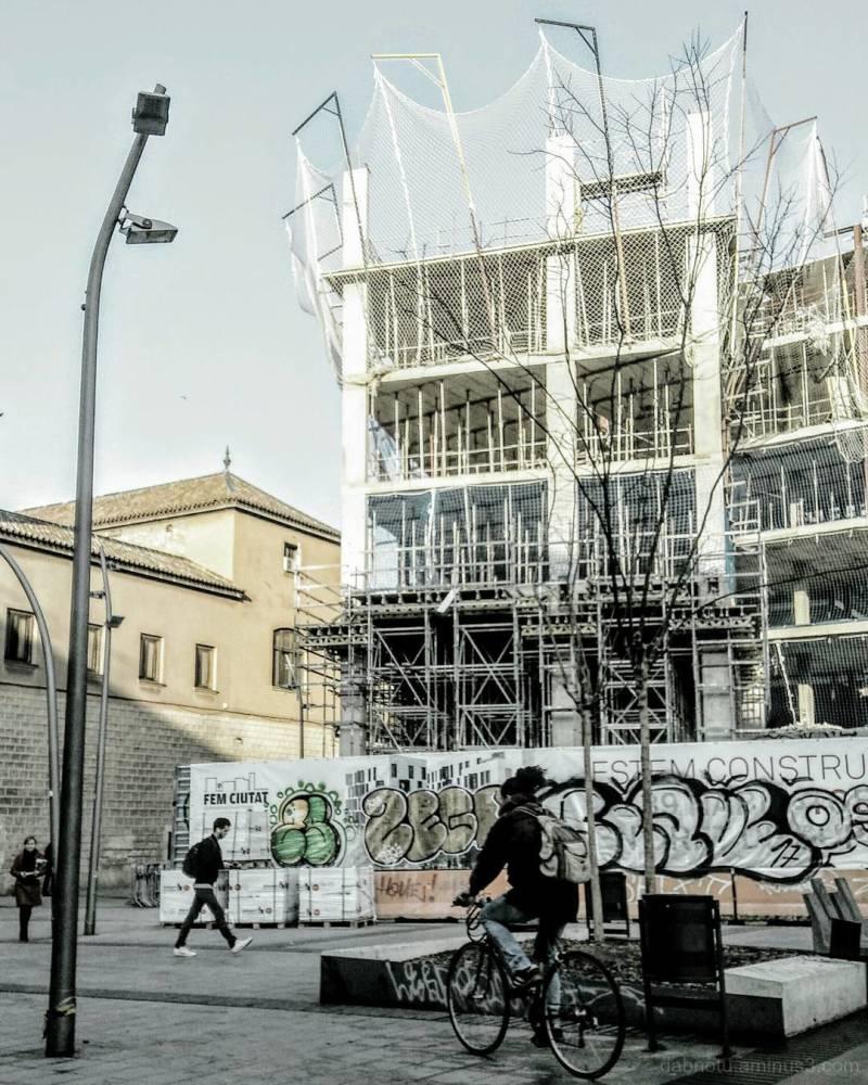 Barcelona slightly edited smart/streetphotography!