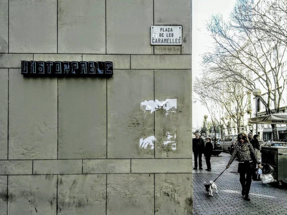 Barcelona desaturated smart/street photography!