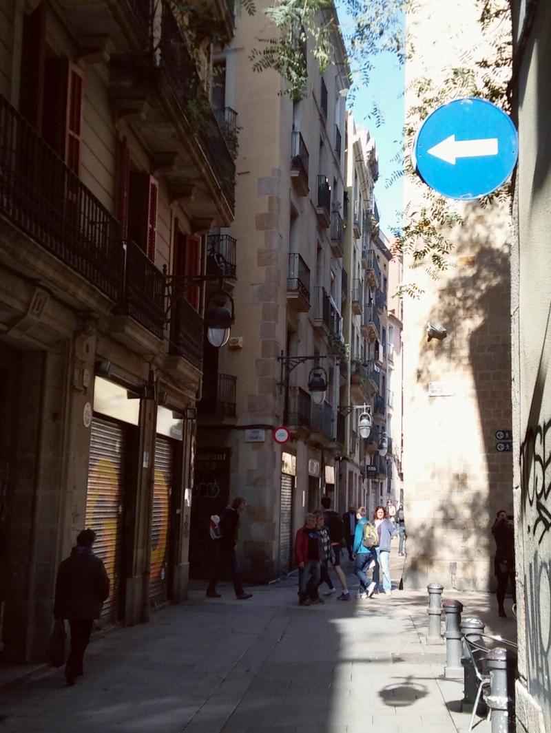 Barcelona smart/street photography, slightly edite