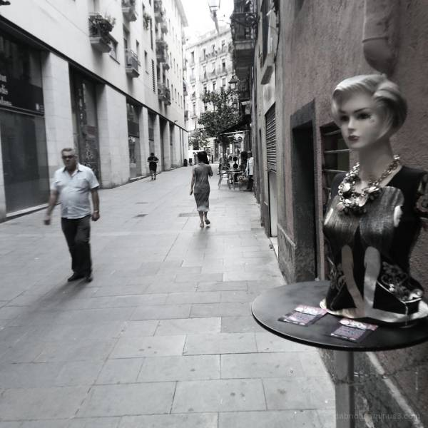 Barcelona smart/street photography, slight edit.