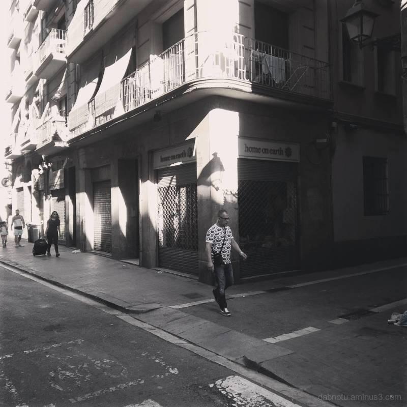 Barcelona smart/street photography, slight edit.