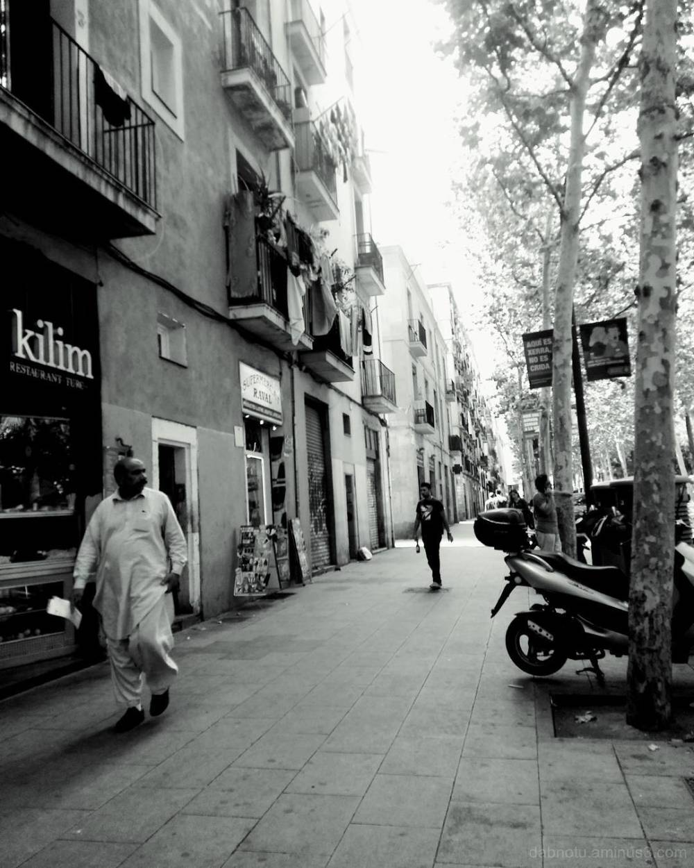 Barcelona edited smart/street photography.