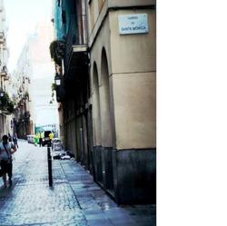#carrerdemontserrat #carrerdesantamònica #elraval