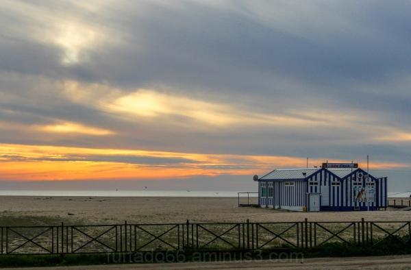 Praia ao fim da tarde