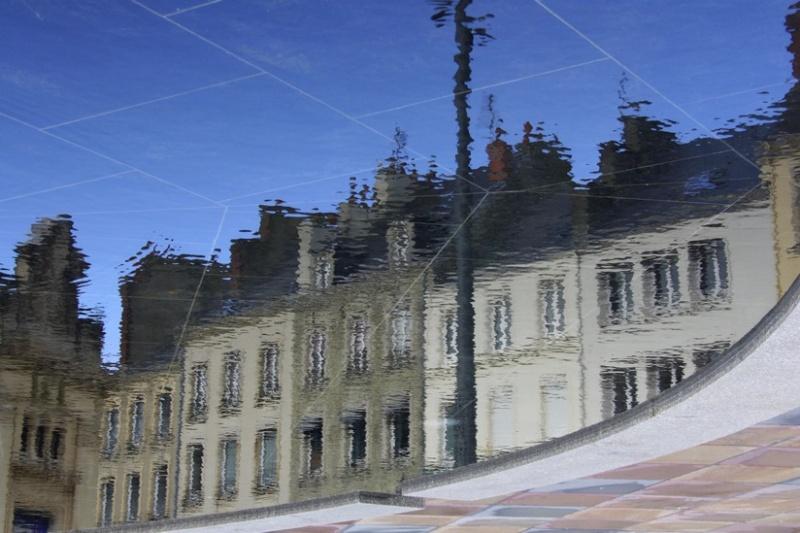 Reflet Place du château , Cherbourg