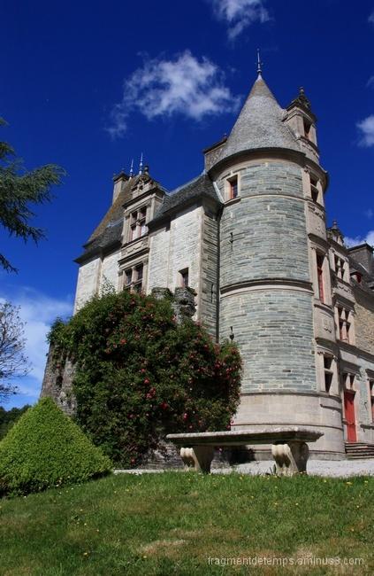 Le château des Ravalet ~3