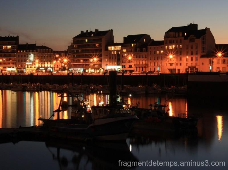 Nocturne sur le port