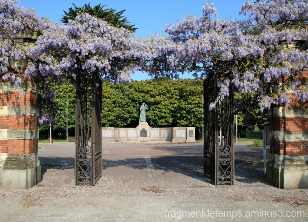 Jardin public, entrée
