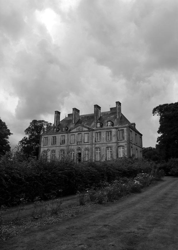 Château de Carneville (B & W)