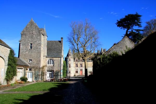Château des Ravalet , l'entrée
