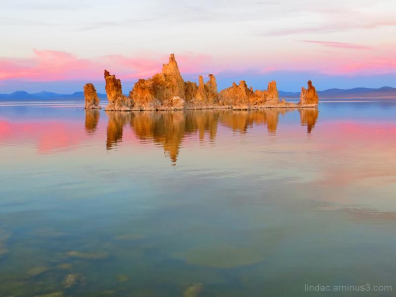 Sunset at Mono Lake, South Tufa Reflections
