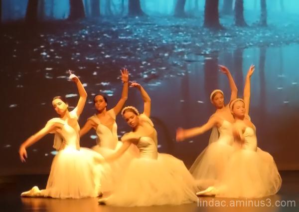 Ballerina's in Soft White 2