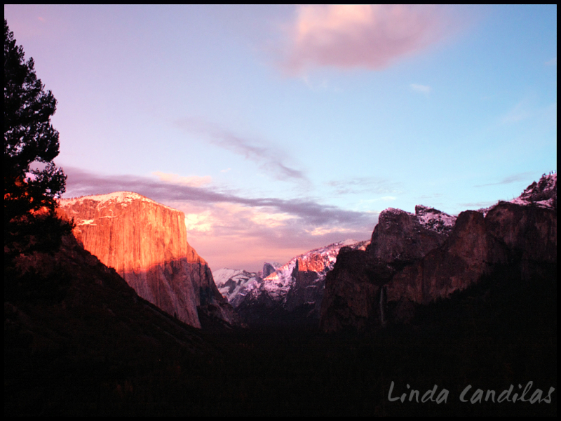 Tunnel View of Sunset in Yosemite Valley