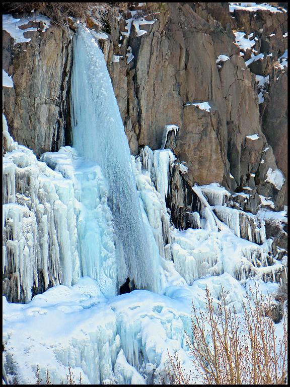 Frozen Waterfall near Bishop CA