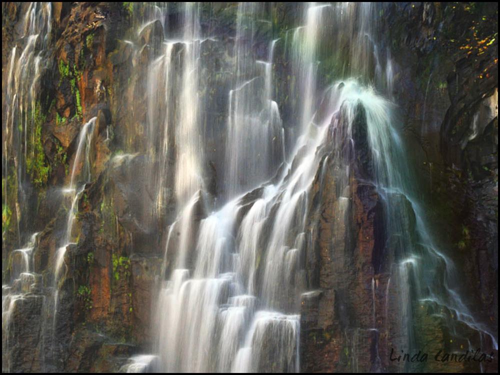 Rainbow Falls, Mammoth Calif