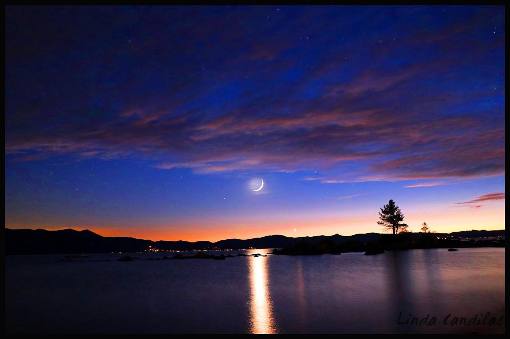 Cresant Moon and Venus