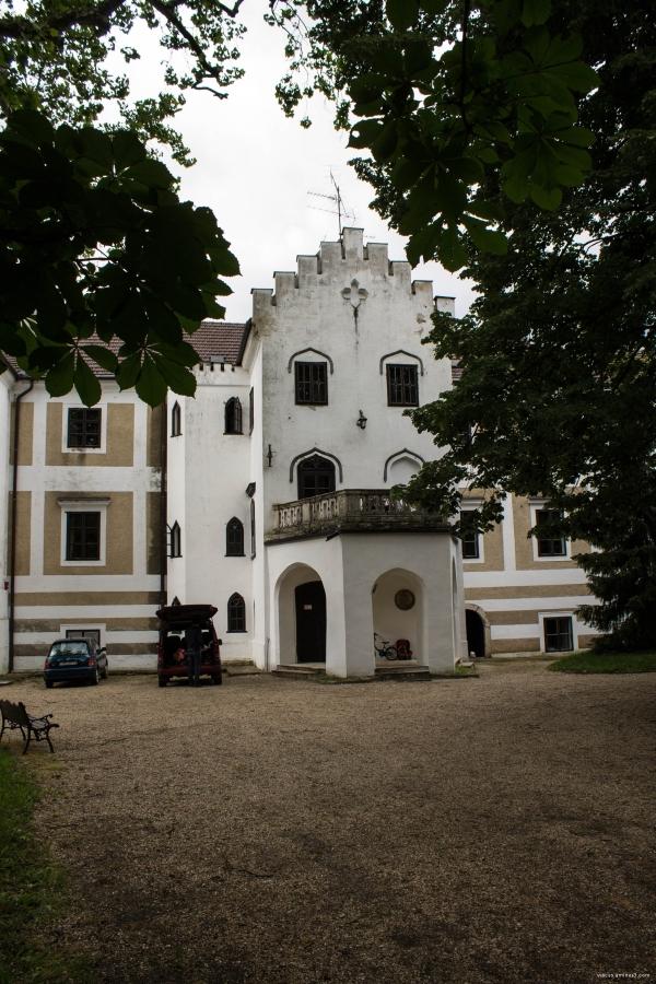 zsennyei kastély