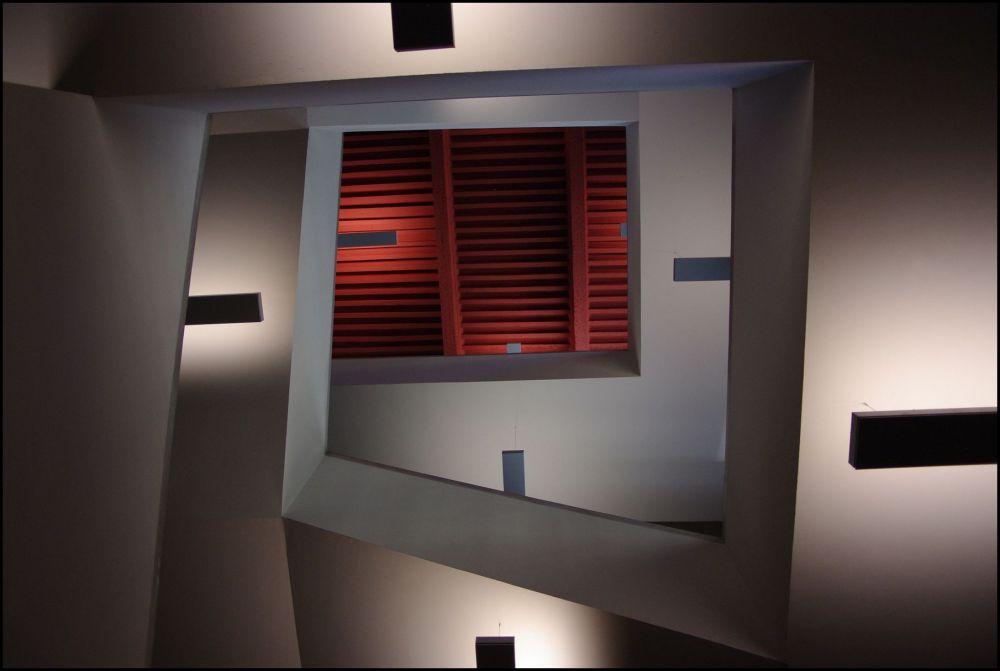 Le plafond rouge