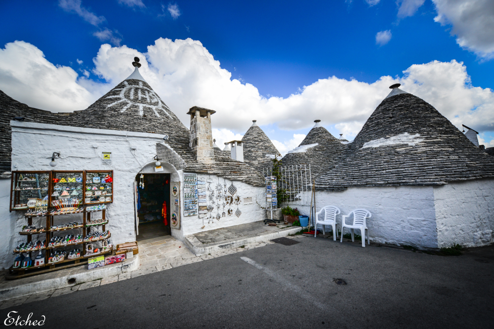 Cozy shops at Alberobello