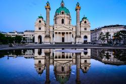 Karlkrische, Vienna