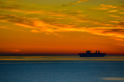 Sailing in the horizon