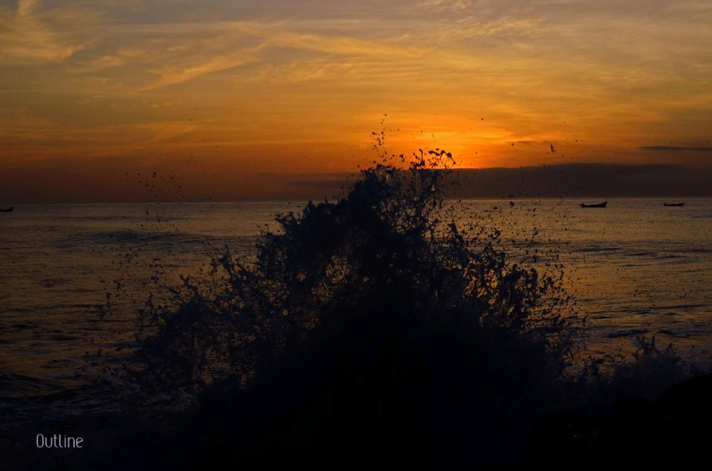 A splashing sunrise