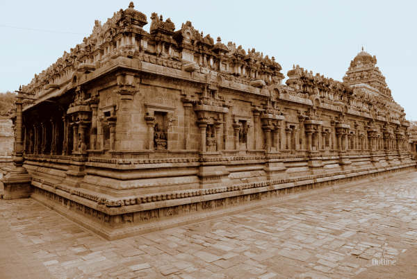Intricacy of Chola Architecture