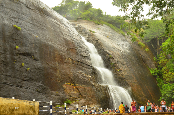 Chaotic morning at Courtallam